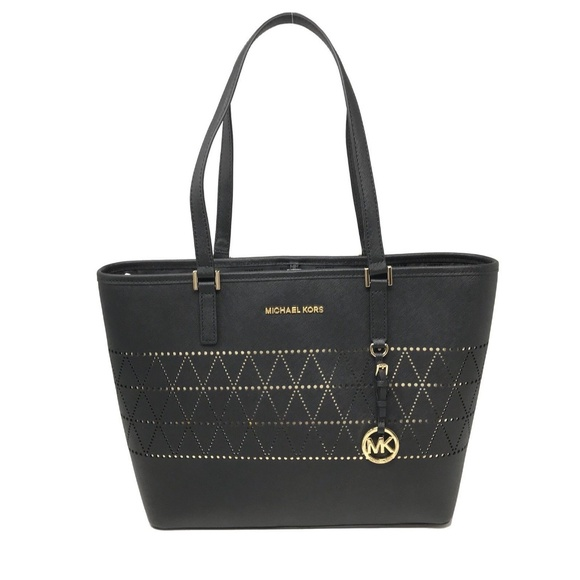 Michael Kors Handbags - Michael Kors Jet Set Travel Medium Leather Bag